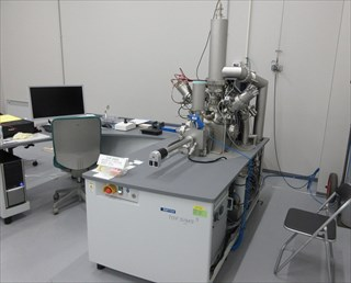 飛行時間型二次イオン質量分析装置