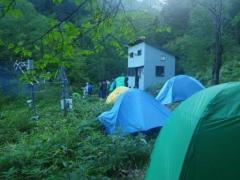 西駒演習林内(シラベ小屋前)でテント泊