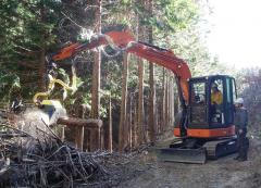 「森林利用デザイン演習」 機械の操作