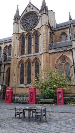 歴史と気品溢れる荘厳なロンドン大学キャンパス