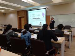 スラナリ工科大学での講演