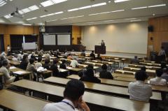 30番講義室で行われた交流会