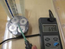 医師の操作性を重視した新型磁気誘導用磁石