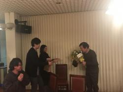 笠井技術職員ご定年の記念品贈呈