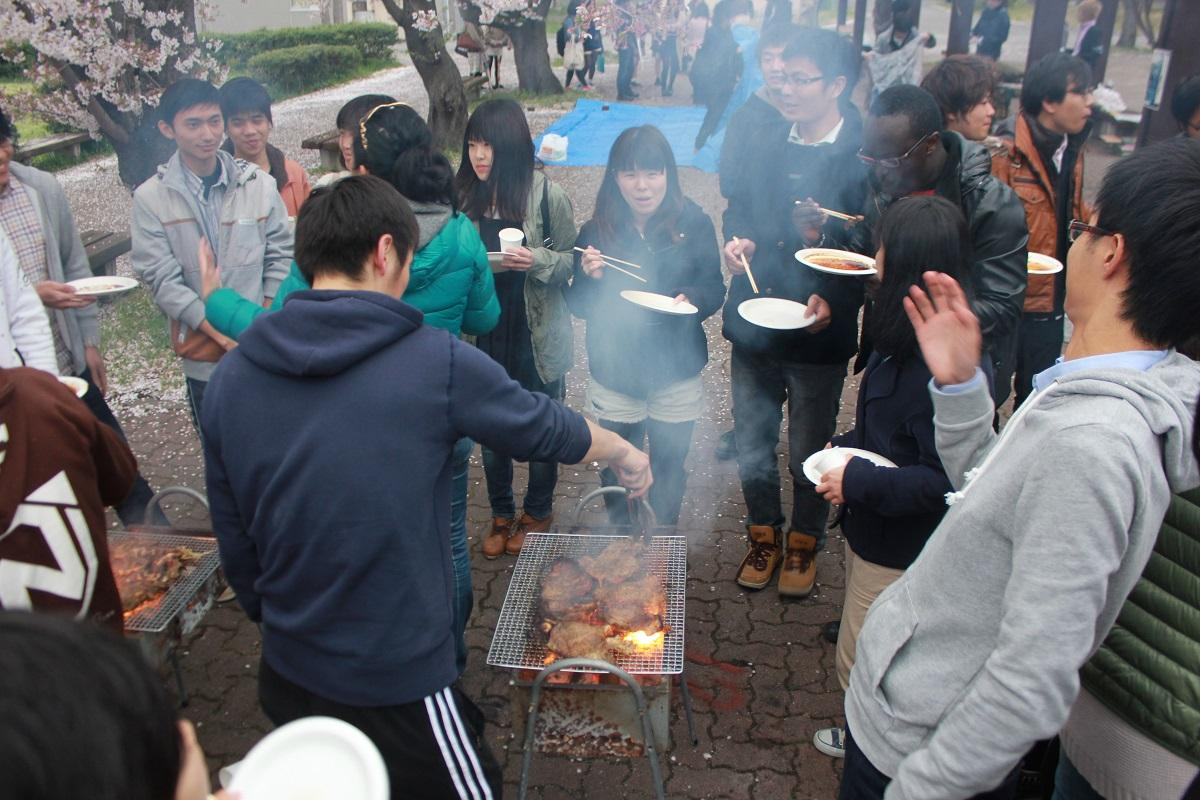 http://www.shinshu-u.ac.jp/faculty/engineering/international_2017/images/20140418_3.jpg