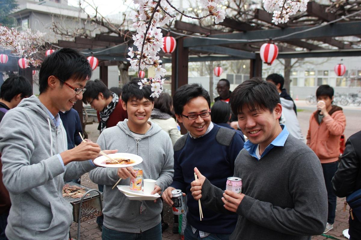 http://www.shinshu-u.ac.jp/faculty/engineering/international_2017/images/20140418_4.jpg