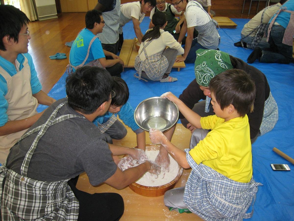 http://www.shinshu-u.ac.jp/faculty/engineering/international_2017/images/20140920_img17.jpg