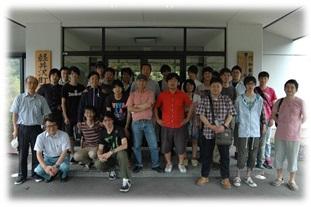 冨田研では齊藤研(信州大学)や椎名研(千葉大)と合同で夏合宿を行います。普段の研究成果を発表する1つの機会です。