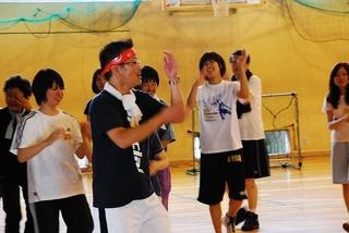 踊る、中村非常勤講師
