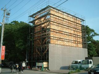 5階建ての木造建物