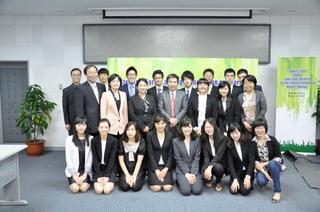 中国・韓国・日本の参加者集合写真