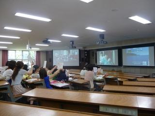 遠隔授業「国際看護学」