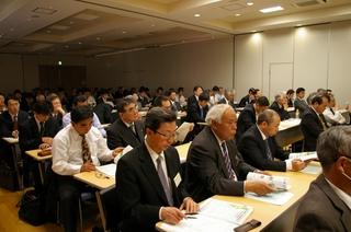 約130名の企業・団体の参加者
