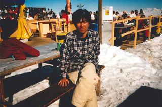 博士前期課程2年時にスイスのダボススキー場へ