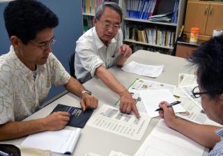 信州大学工学部 池田敏彦特任教授と飯尾昭一郎准教授