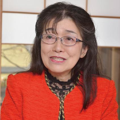松岡 英子