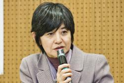 基調講演を行う文部科学省生涯学習政策局 板東久美子局長
