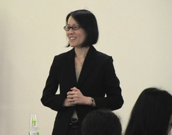講師:一般社団法人日本経営協会<br/>野村麻記子氏