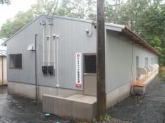 ナカマチック養鶏研究棟の外観