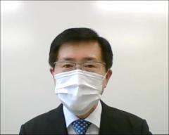 ご挨拶中の藤田農学部長