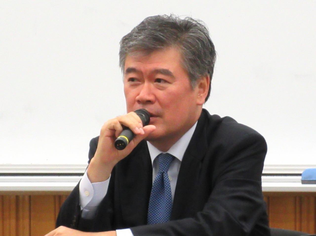 http://www.shinshu-u.ac.jp/faculty/econlaw/topics/images/s-20160601fukuda.jpg