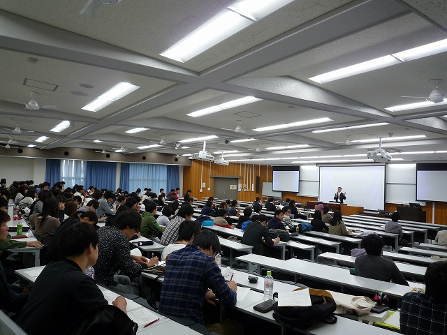 http://www.shinshu-u.ac.jp/faculty/econlaw/topics/images/s-271014%E7%8F%BE%E6%B3%952_1%E5%B7%A6_%E5%85%A8%E4%BD%93.jpg