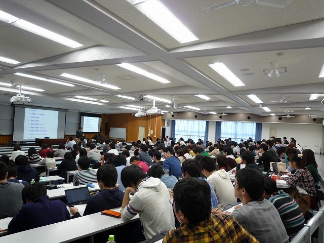 http://www.shinshu-u.ac.jp/faculty/econlaw/topics/images/s-271015%E7%8F%BE%E6%B3%952_1%E5%B7%A6_%E5%85%A8%E4%BD%93.jpg