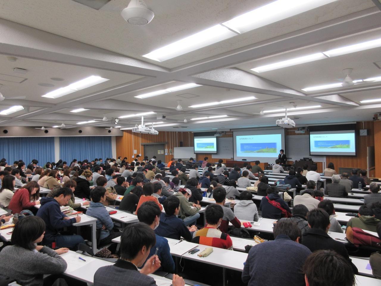 http://www.shinshu-u.ac.jp/faculty/econlaw/topics/th_IMG_1547.jpg