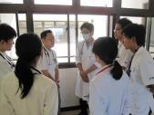 <呼吸器内科>病棟での教育風景