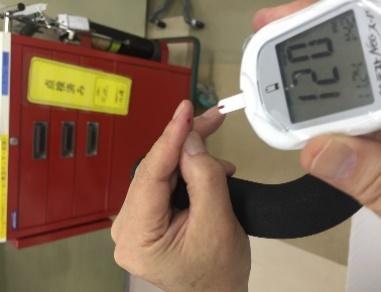 自己血糖測定.JPG