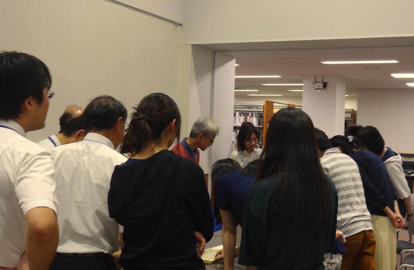 http://www.shinshu-u.ac.jp/institution/library/matsumoto/9ec411c96f40e5699a51366f5e0f10bd_1.jpg