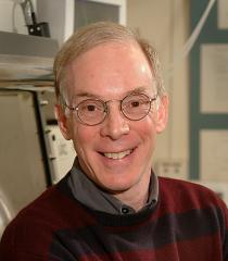 Bruce S. Dunn教授